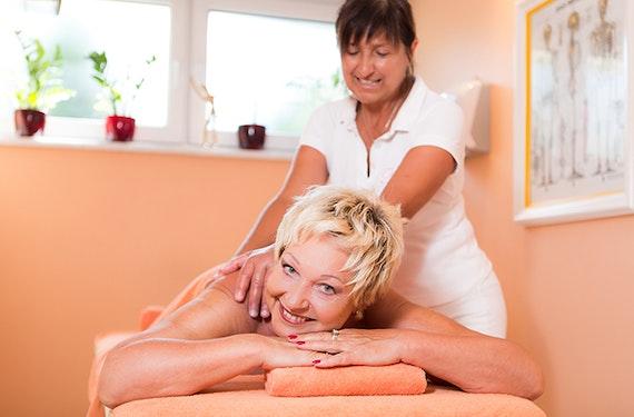 Aromaöl Massage Bad Füssing (1 Std.)