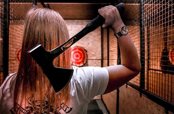 Indoor Axtwerfen und Messerwurf in Weiterstadt für 2 (2 Stunden)