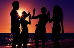 Party-Tour bei Nacht auf Mallorca für 2