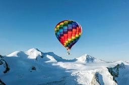 Alpen-Panorama im Heißluftballon