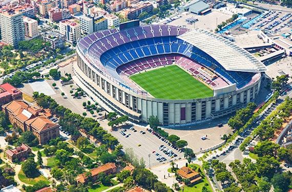 FC Barcelona Fußball-Fantage mit Stadion-Besichtigung für 2 (2 Tage)