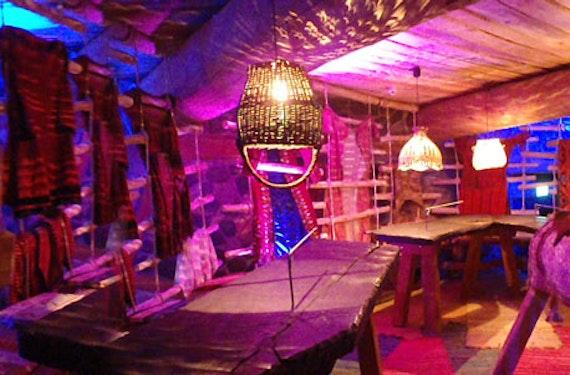 Übernachtung im Baum-Bett & Dinner-Show in der Oberlausitz für 2