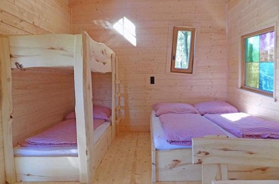 Baumhaus-Übernachtung in Niederbayern für 2