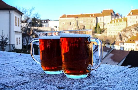 Bierkeller-Tour in Prag für 2