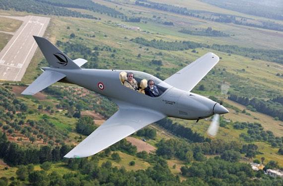 Kampfflugzeug selber fliegen (60 Min.)