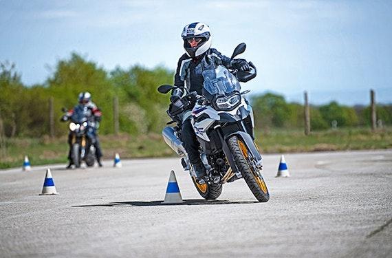 BMW Motorrad Training für Fortgeschrittene bei München