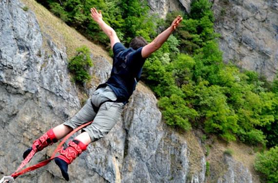 190 Meter Brücken-Bungee im Wallis