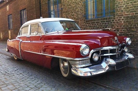 Cadillac-Oldtimer fahren in Düsseldorf (2 Std.)