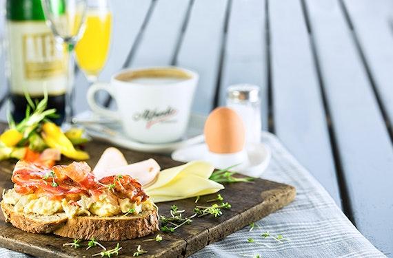 Erlebnistag München Frühstück und E-Roller für 2