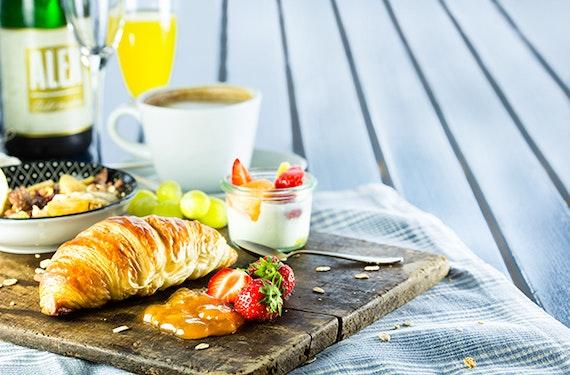 Frühstück & Rundflug Potsdam für 2
