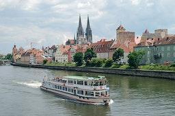 Erlebnistag Regensburg mit Walhalla Schifffahrt für 2
