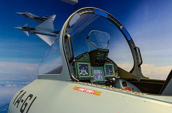 Eurofighter Typhoon Simulator in Wien (60 Min.)