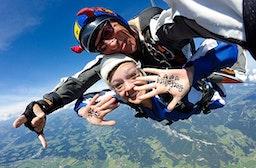 Fallschirm-Tandemsprung St. Johann in Tirol