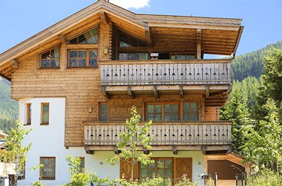 Berg-Urlaub im Premium-Appartement für 4