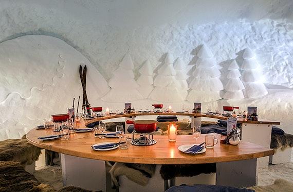 Fondue-Abend im Iglu-Restaurant