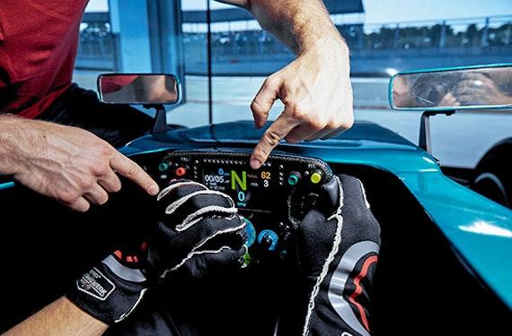 Formel 1 Rennsimulator in Berlin für 2 (60 Min.)