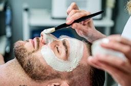 Gesichtsbehandlung für Gentlemen