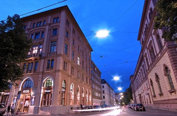GOP Varieté & Menü in München für 2