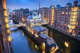 Stadtführung mit Schiffsrundfahrt & Dinner Hamburg für 2