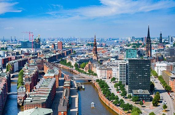 Städtetrip Hamburg mit Speicherstadt & Hafen-City Führung für 2 (2 Tage)