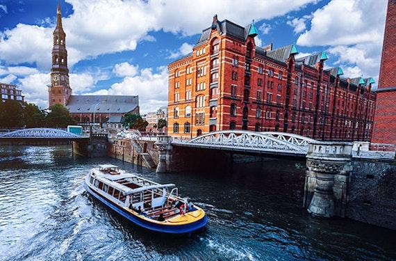 Kurztrip Hamburg mit Hafenrundfahrt für 2 (2 Tage)