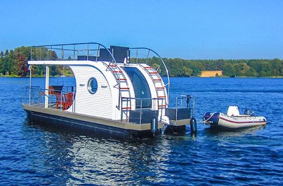 Hausboot-Ausflug im Raum Brandenburg für bis zu 8 Personen