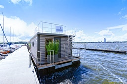 Hausboot mieten mit Sauna für 4 (3 Tage)