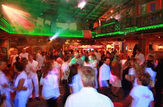 VIP-Party für 8 - Junggesell(inn)enabschied in Neuss