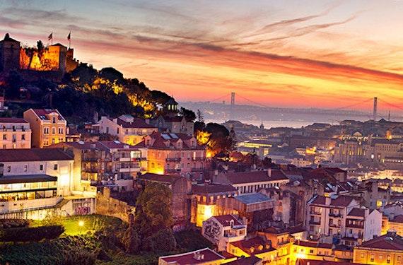 Städtetrip Lissabon mit Aquarium Oceanário für 2 (4 Tage)