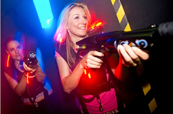 Lasertag spielen in der Schweiz