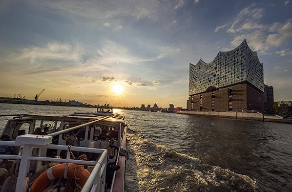 Lichterfahrt in Hamburg