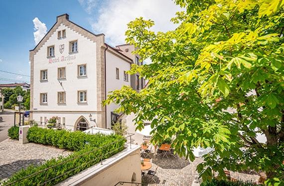 Mittelalterliche Übernachtung & Dinner bei Ravensburg für 2