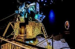 Nacht in der Mondlandefähre Raum Bozen für 2