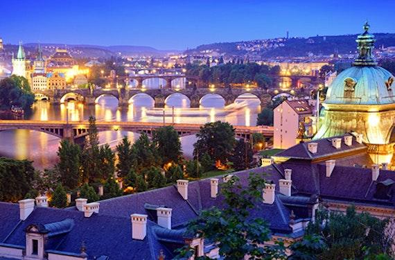 Lichter der Stadt E-Scooter-Tour durch Prag