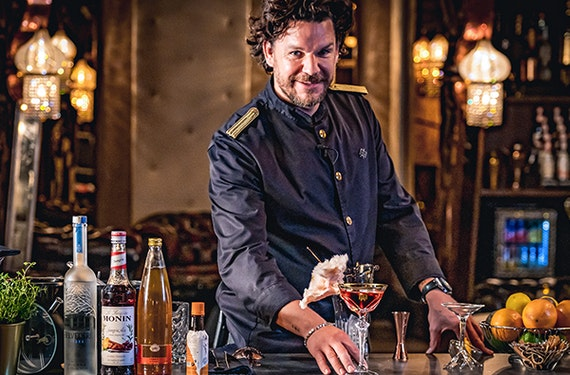 Online Cocktailkurs mit Mario Hofferer (ca. 2,5 Std.)