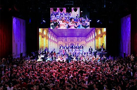 Opernball in der Dresdner Semperoper für 2