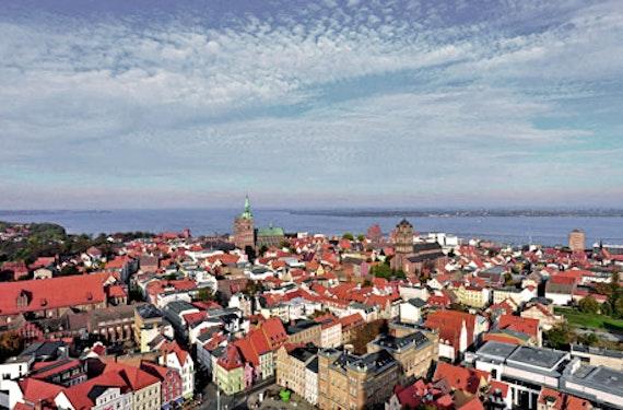 Ostsee-Kurzurlaub in Stralsund für 2