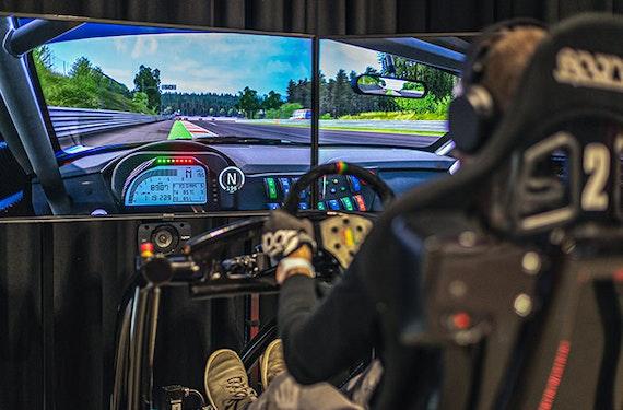 Racing Simulator (25 Minuten) - Jochen Schweizer Arena München
