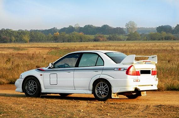 Rallye fahren im Mitsubishi Lancer Evo VI in Ungarn