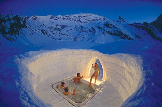 Romantik-Iglu-Suite mit Käse-Fondue in der Schweiz für 2