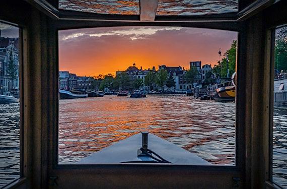 Romantische Dinner-Bootstour in Amsterdam für 2