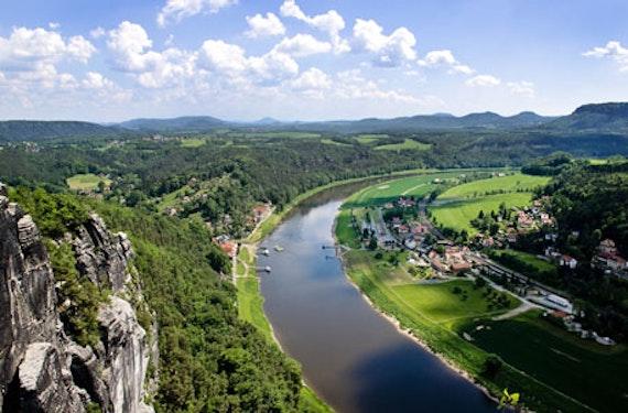 Hubschrauber-Rundflug über die Sächsische Schweiz