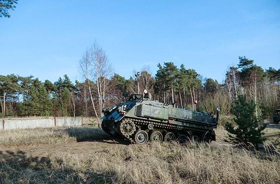 Schützenpanzer selber fahren Stadtoldendorf (30 Min.)