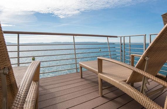 Kurzurlaub im See-Pavillon auf dem Lac de Neuchâtel für 2