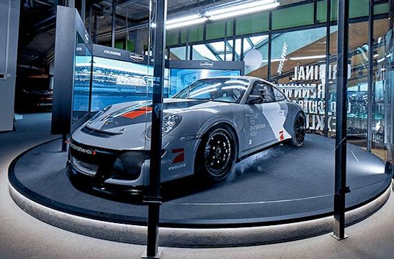 Audi R8 vs. Porsche 911 Simulator-Duo in Berlin für 2 (60 Min.)