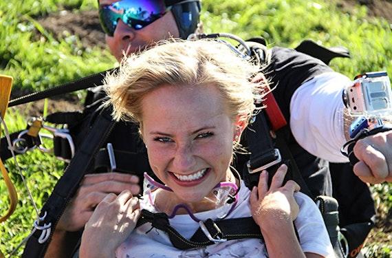 Tandem-Skydive aus 6.000 Metern