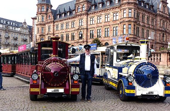 Stadtrundfahrt durch Wiesbaden für 2
