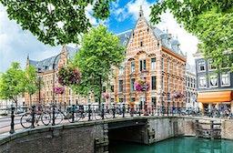 Städtetrip Amsterdam mit Grachten-Bootstour für 2 (2 Tage)