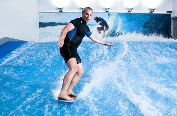 Indoor-Surfen in Prag