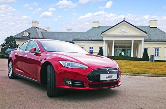 Tesla Model S fahren Österreich (1 Tag)